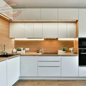 Кухня без ручек №19