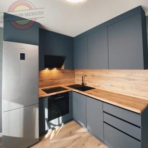 Кухня без ручек №18
